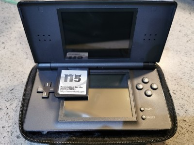 Nintendo DS Lite Hand Held Console with N5 Multi ROM Cartridge